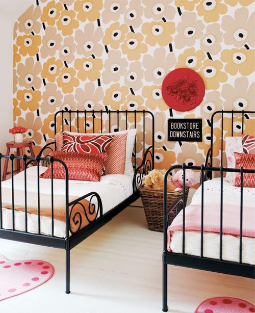 wallpaper for u0027big girlu0027 room