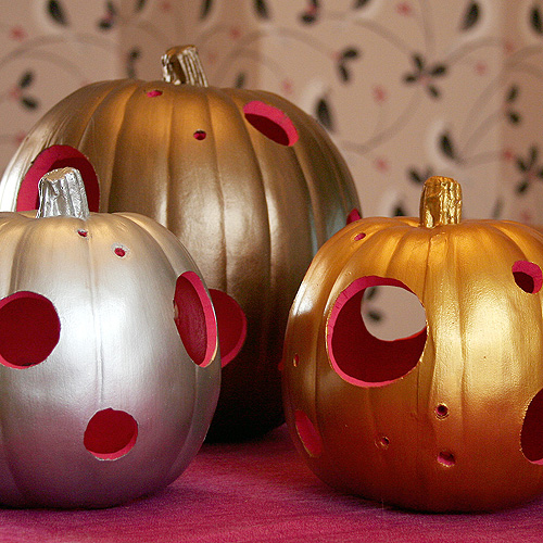 Modern Pumpkin Lanterns with Hot Pink