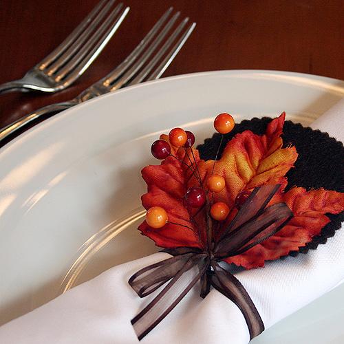 autumn leaves napkin rings for bhg making it lovely