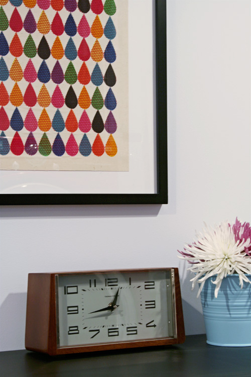 Art and Accessories in the Laundry Room