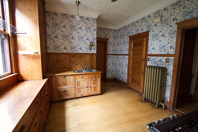 The Victorian House Kitchen Bathroom Office And Back
