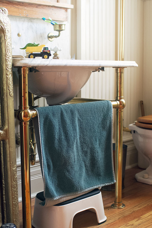 Making it Lovely's Bathroom with Antique Marble Sink