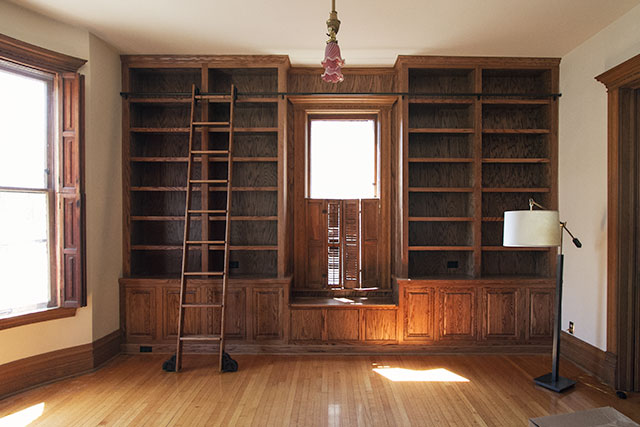 Built In Library Bookshelves And Rolling Ladder Makingitlovely