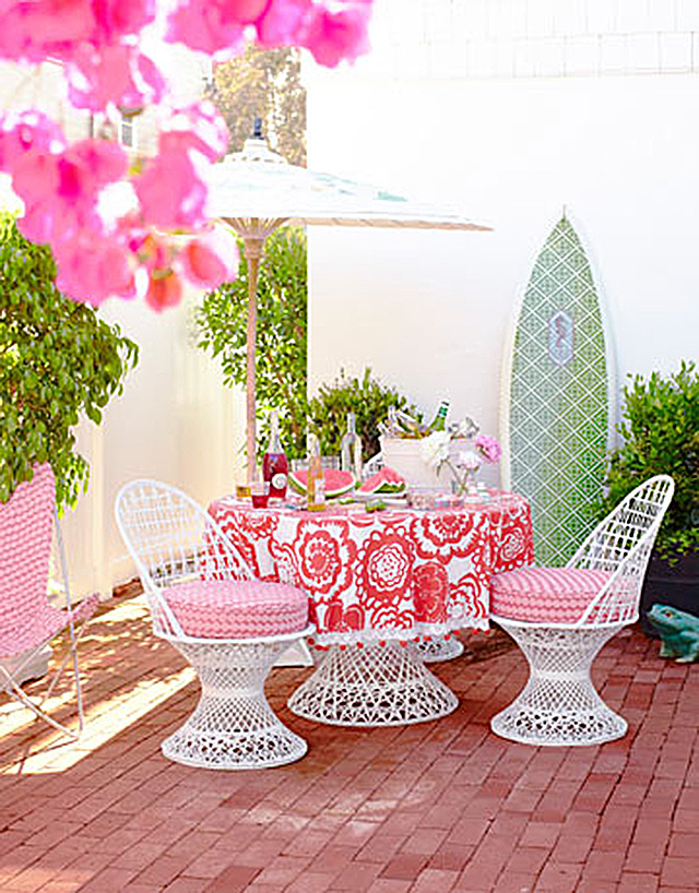 Pink Vintage Patio Dining Set