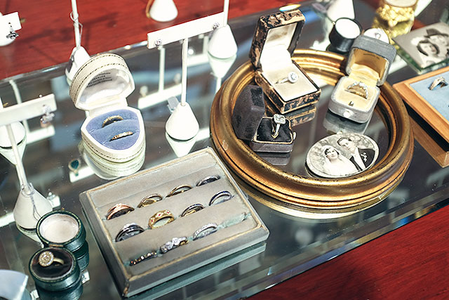 Gem Jewelry, Oak Park, IL