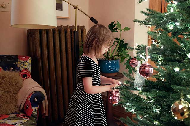 Eleanor, Decorating the Christmas Tree | Making it Lovely