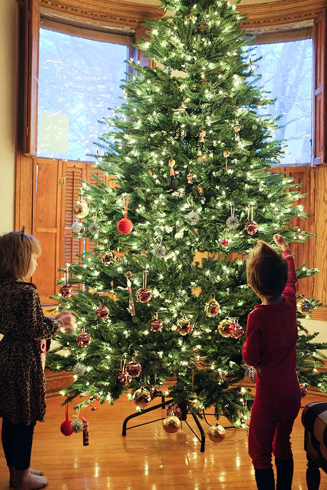 Eleanor and August, Decorating the Christmas Tree | Making it Lovely