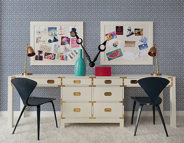 Teen Bedroom by Jeannie Balsam for the Lake Forest Showhouse 2015