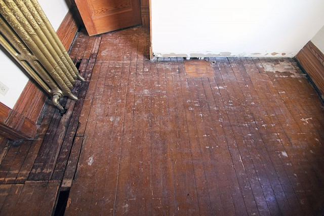 Replacing The Closet Floor