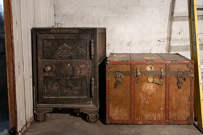 Basement Treasure Chest and Safe