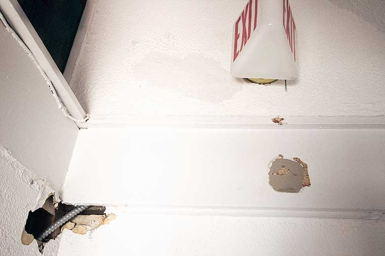 Damage After Rewiring, Third Floor