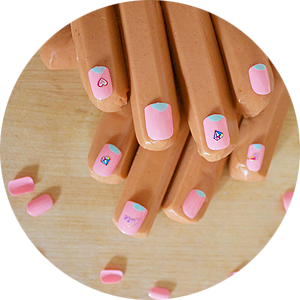 Hot Dog Manicures