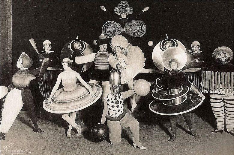 Bauhaus Costumes Triadic Ballet