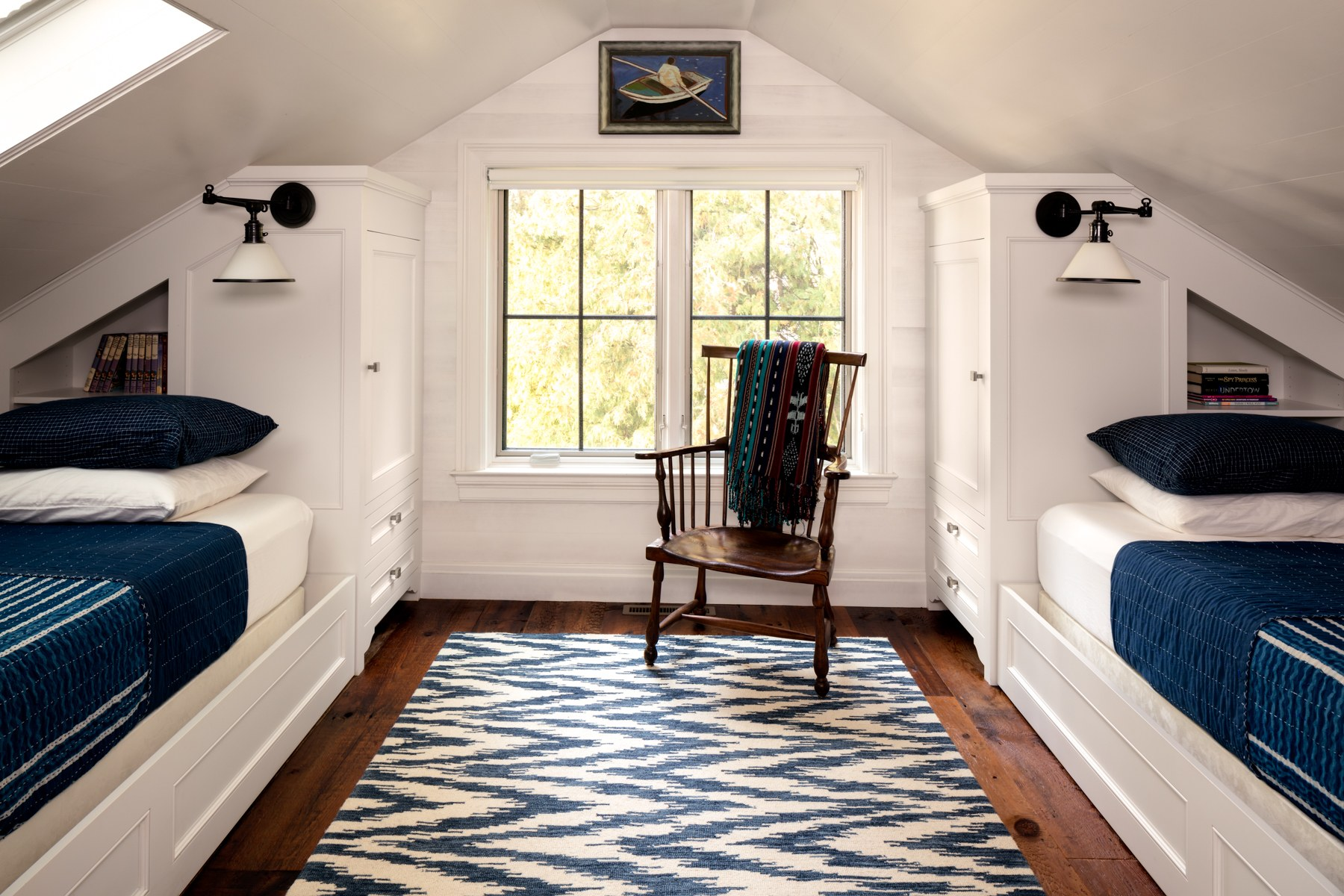 Queen Bedroom Layout