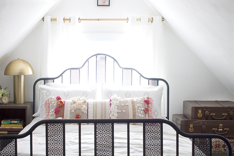 Making it Lovely's Guest Room