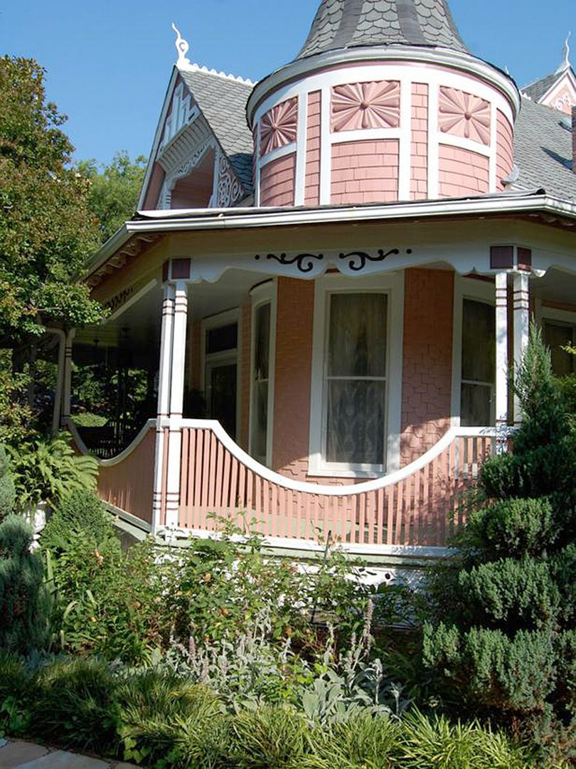 Perkins' Pink Victorian House