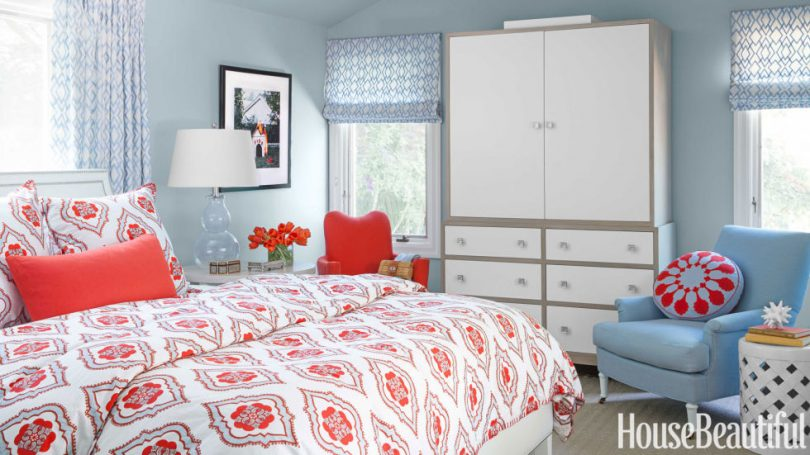 red and light blue bedrooms – making it lovely