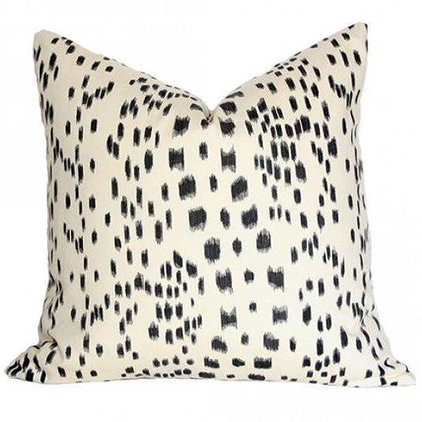 Les Touches Pillow, Arianna Belle