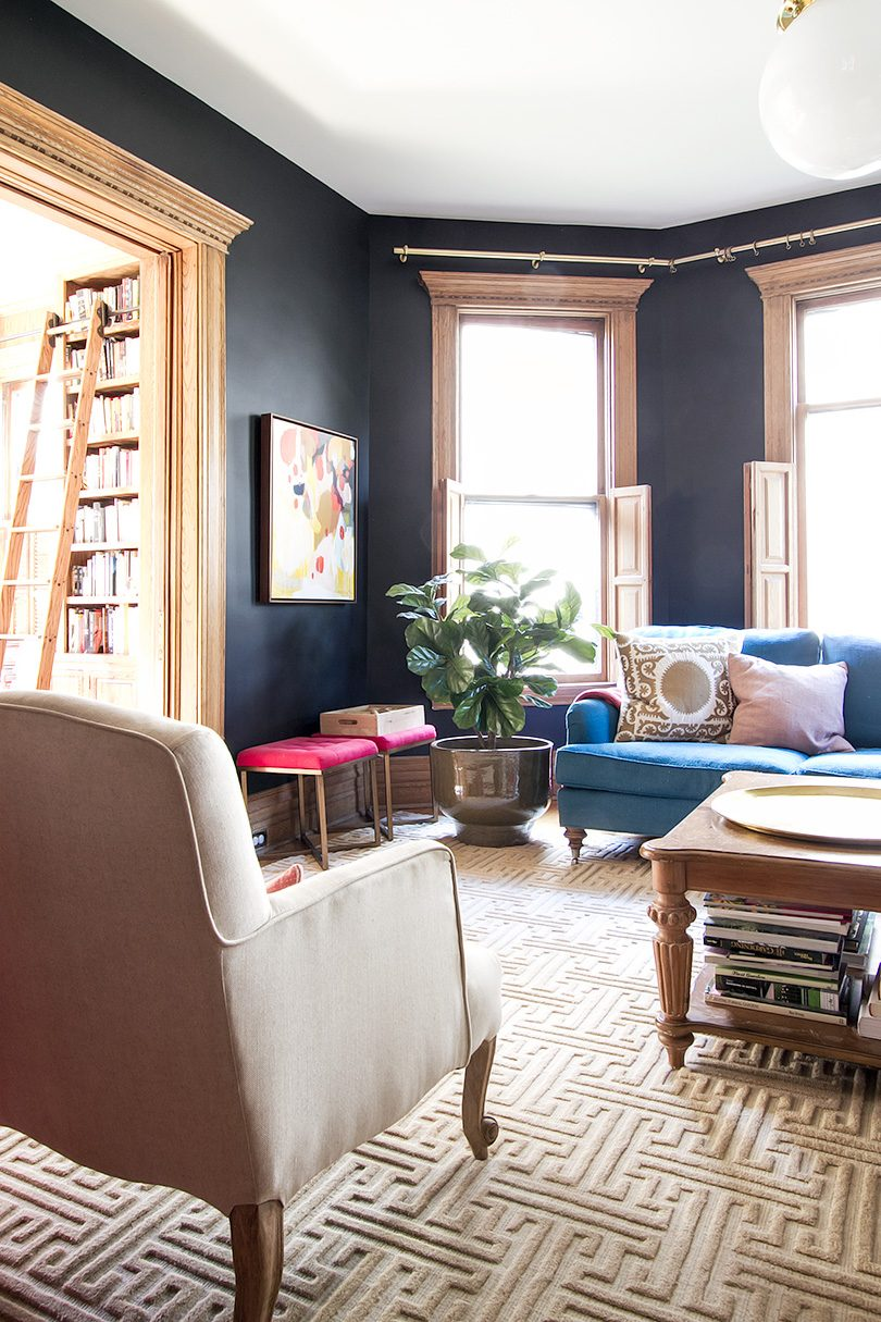 Black Living Room, Annie Selke Rug