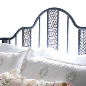 Viabella Queen Bed, Sauder