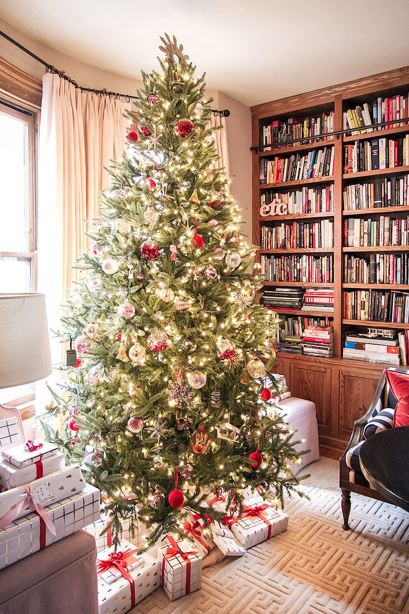 Oh Christmas Tree! (Making it Lovely's Library for Christmas)