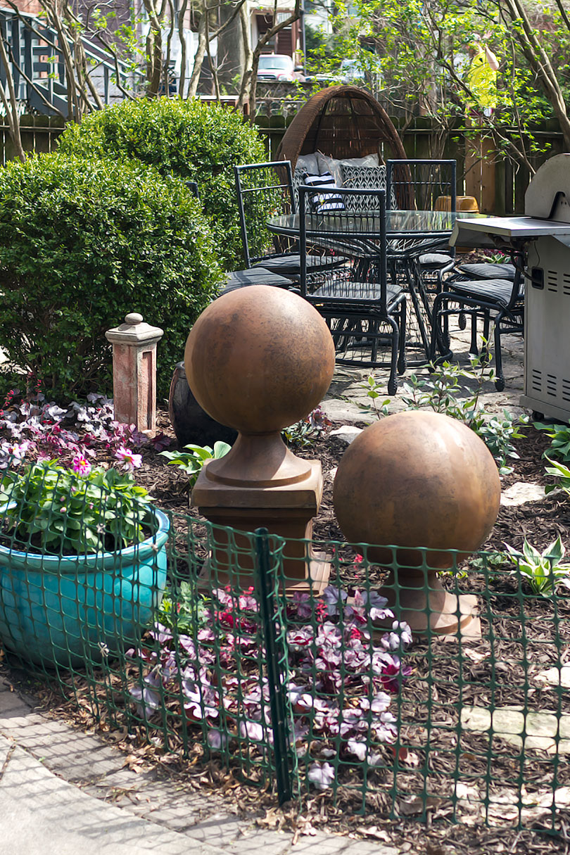 Estate Garden Finials as Garden Sculpture | Making it Lovely