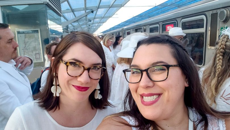 Heading to Dîner en Blanc Chicago via the Red Line L