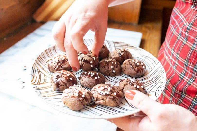 Arranging Chocolate Shortbread Cookies   Making it Lovely